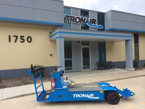 Tronair JP30 & JP30L Towbarless Tugs