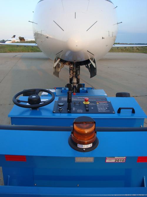 JP30 & JP30L Towbarless Tugs Towing Plane
